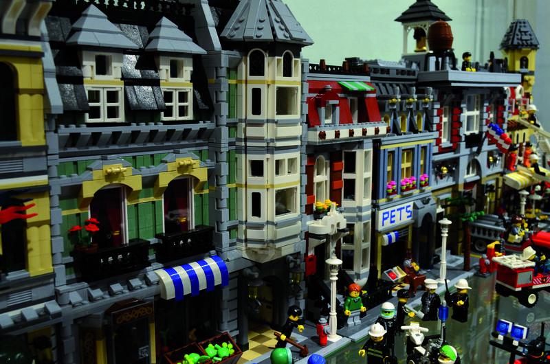 Bausteinwelten aus LEGO®-Bausteinen der Sammlung Lange