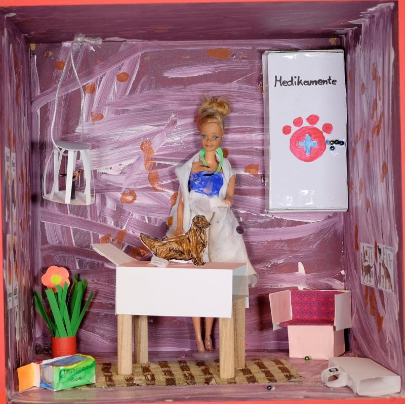 Barbie Malia, 7 Jahre alt - Die Tierarztpraxis