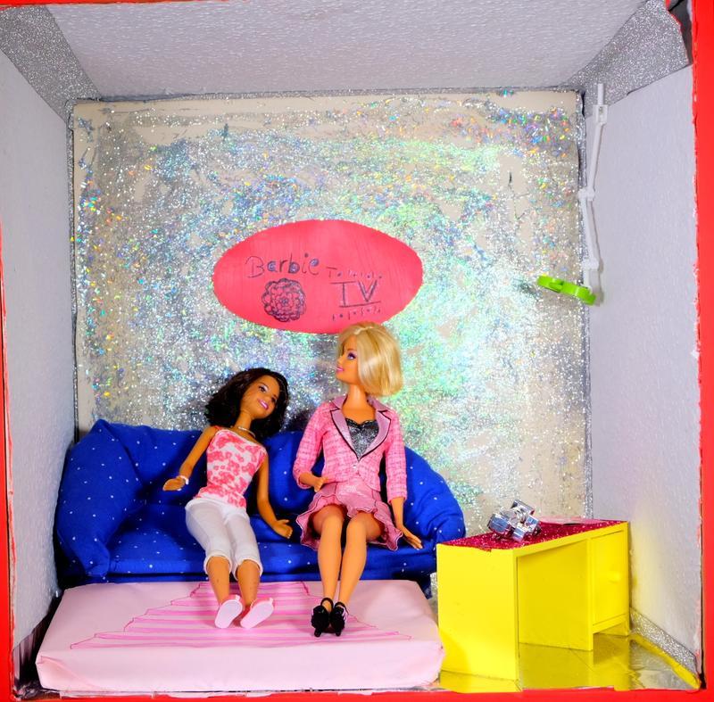 Busy Barbie TV