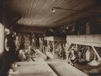 Das Innere einer Baracke im Cellelager Scheuen